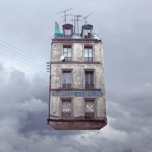 Flying House, Paris